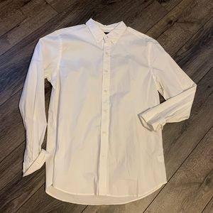Gap slim fit white button down shirt